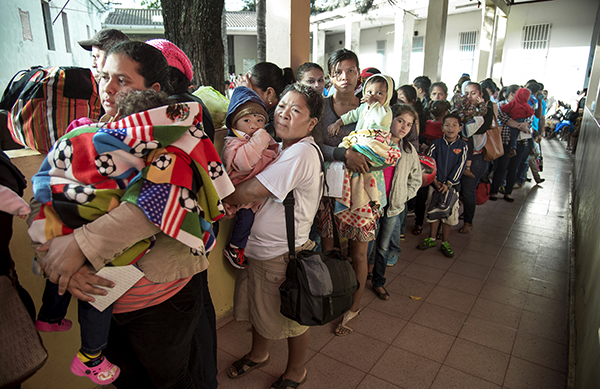 People waiting in honduras
